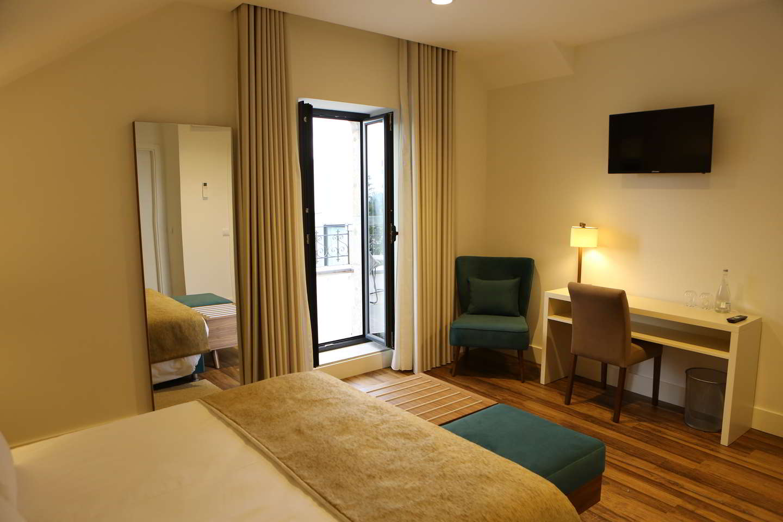 Quarto Duplo Deluxe com Terraço- Hotel Solar do Rebolo