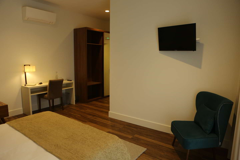 Quarto Duplo Deluxe com Varanda- Hotel Solar do Rebolo