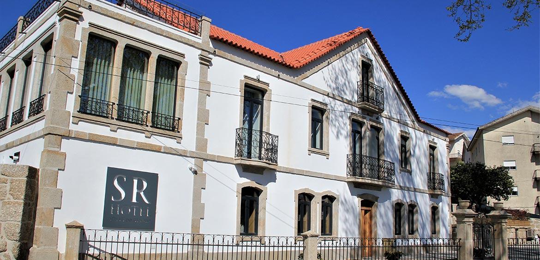 Fachada do Hotel Solar do Rebolo